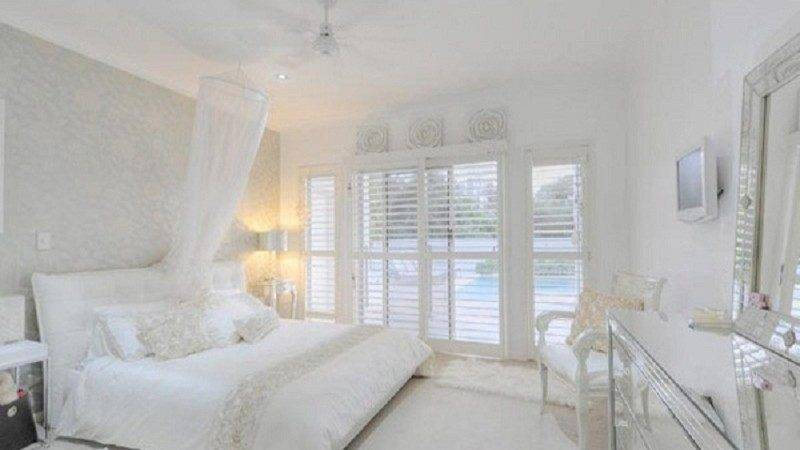 All White Bedroom Decorating Ideas