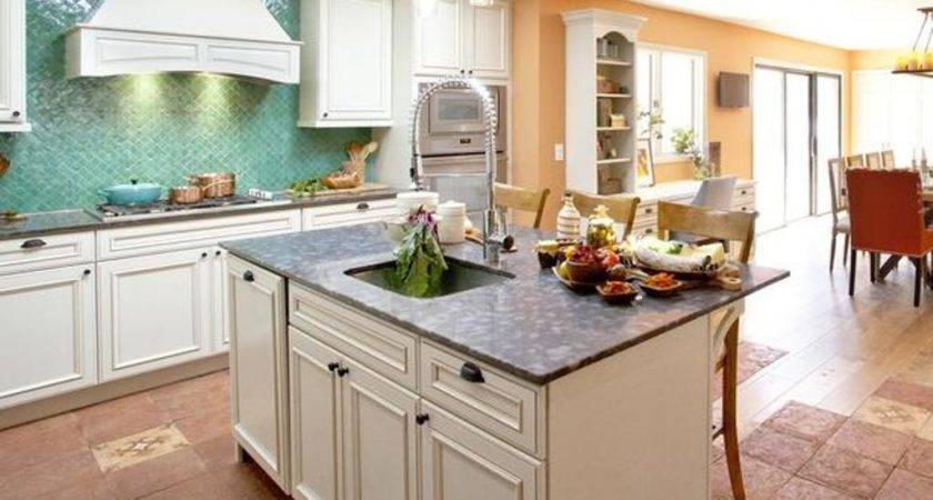 Amazing Things Country Kitchens Islands