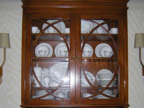 Arrange China Cabinet Heartwork Organizing