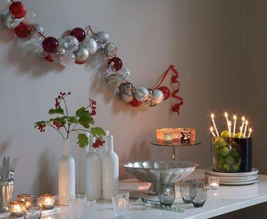 Baubles Hung Wall Modern Christmas Decorating Ideas