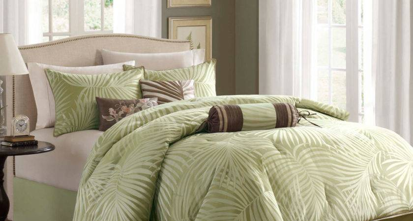 Beautiful Tropical Palm Leaves Green Brown Comforter