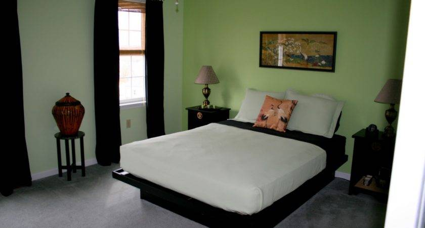 Bedroom Fascinating Small Lime Decoration Using