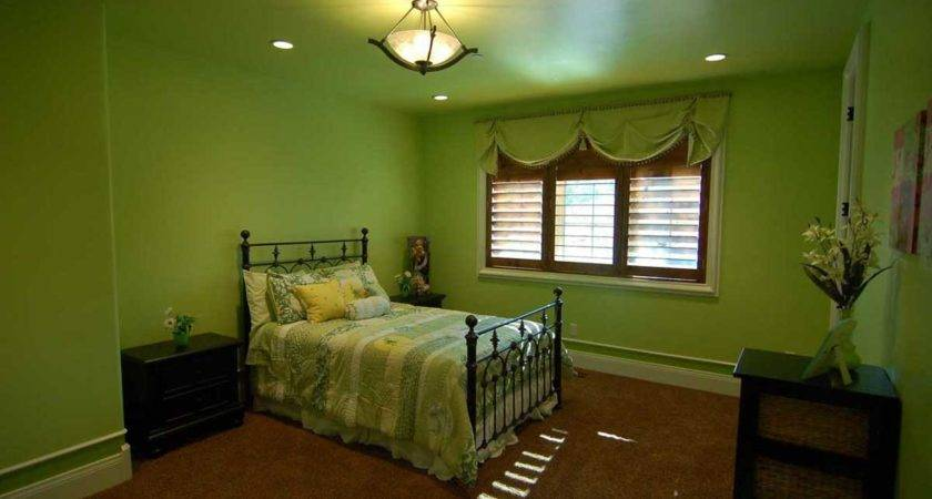 Bedrooms Green Nuance Fashionable Natural Look
