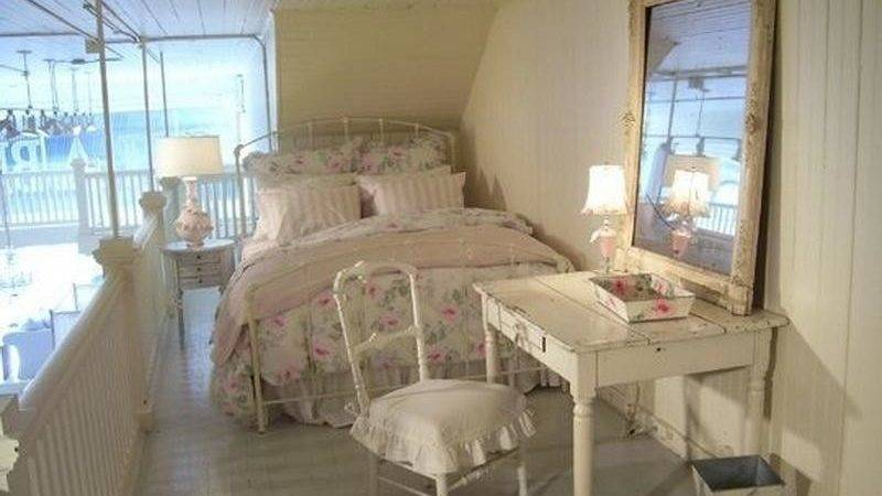 Bloombety Shabby Chic Apartment Bedroom Decor