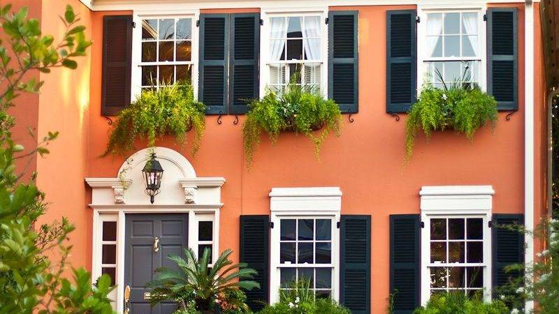 Bold Colors Paint Your Home Exterior