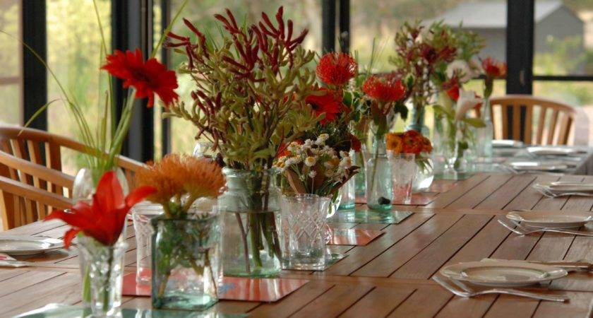 Captivating Christmas Dining Table Decorations