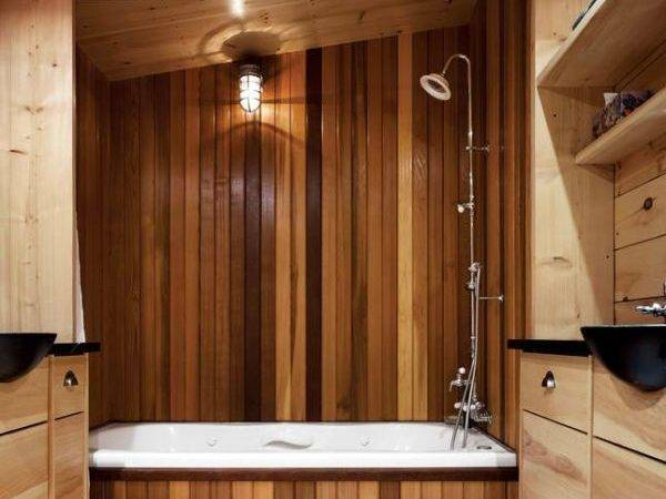 Chic Elegant Wooden Bathroom Interiors