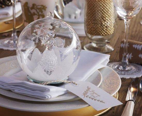 Christmas Dining Table Crystal Bauble Place Setting