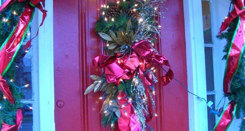 Christmas Door Decorations Casual Cottage