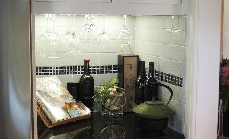 Cool Cabinet Wine Glass Holder Decorating Ideas