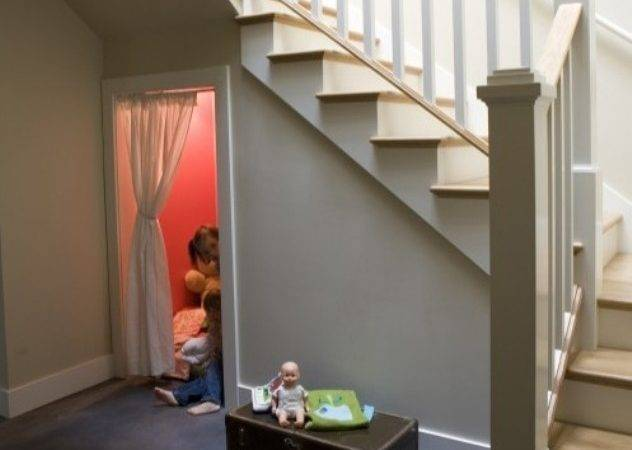 Cool Ideas Kids Playing Area Under Stairs