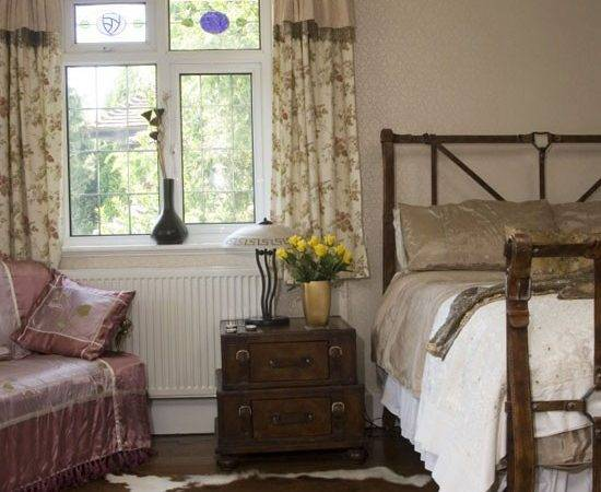 Country Bedroom Decorating Ideas