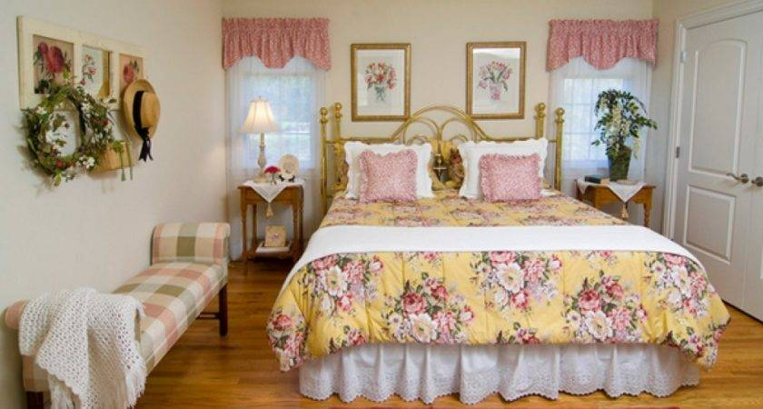 Country House Bedrooms Farmhouse Bedroom Decorating Ideas