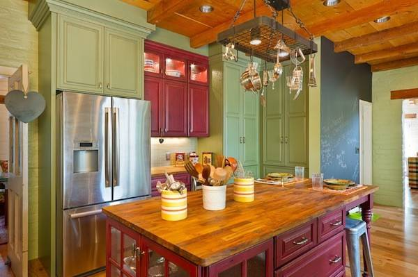 Creative Ways Color Your Dull Kitchen