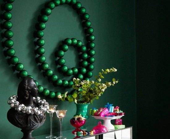 Deck Walls Baubles Christmas Style Ideas Our
