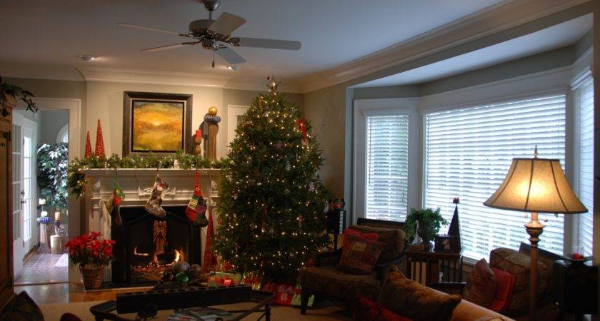 Decorate Living Room Christmas