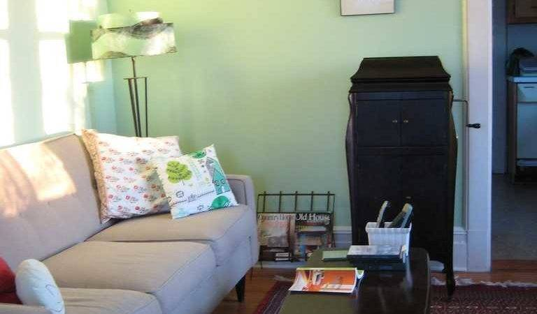 Decorate Your Living Room Light Green Walls