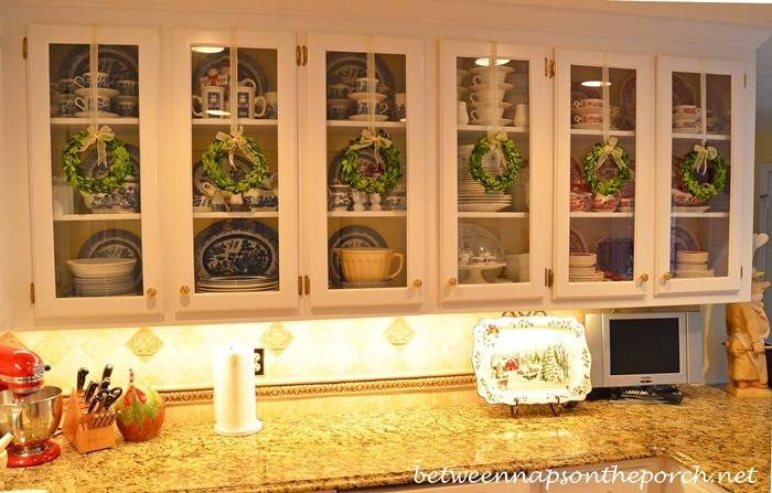 Decorating Ideas Glass Kitchen Cabinets