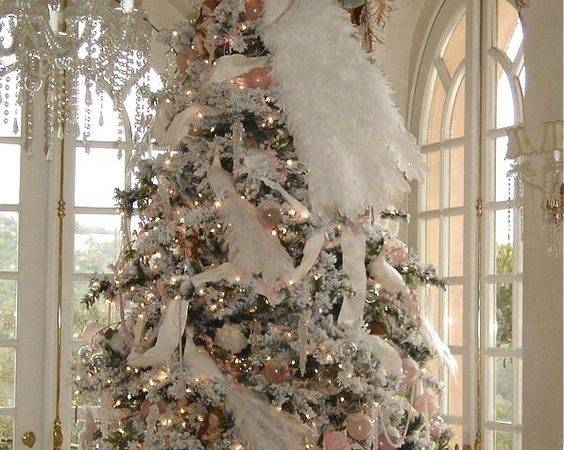 Delicate Shabby Chic Christmas Cor Ideas Digsdigs