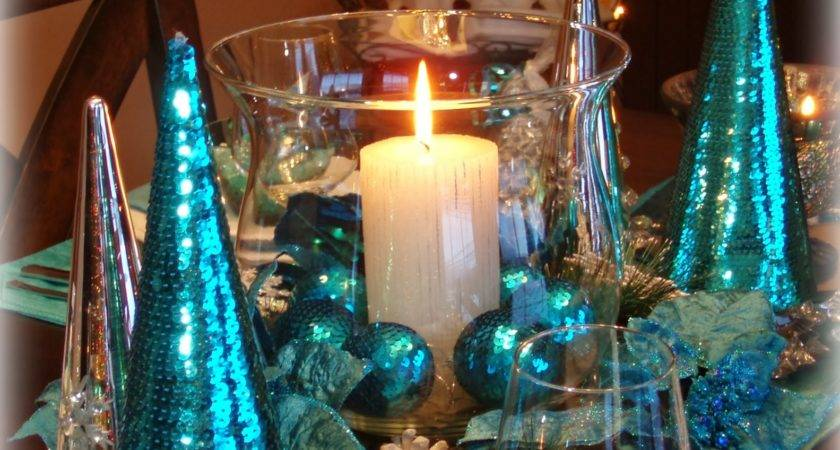 Dining Delight Christmas Teal Blue