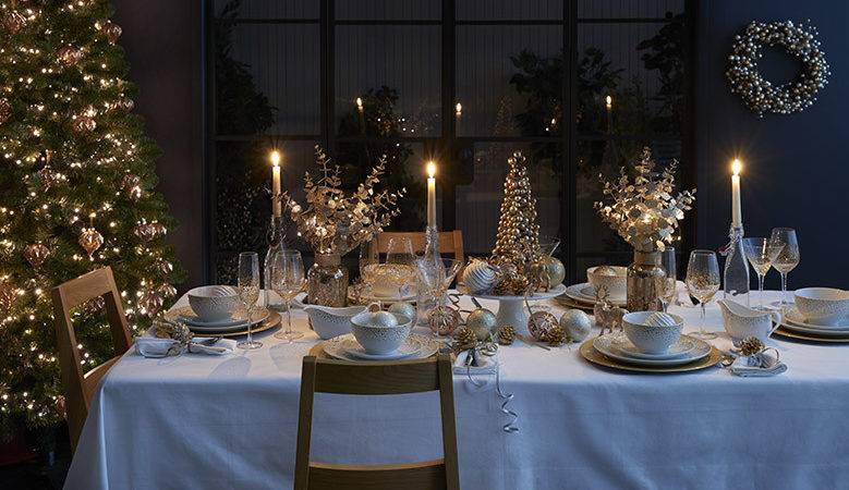 Dressing Table Christmas Dinnerware