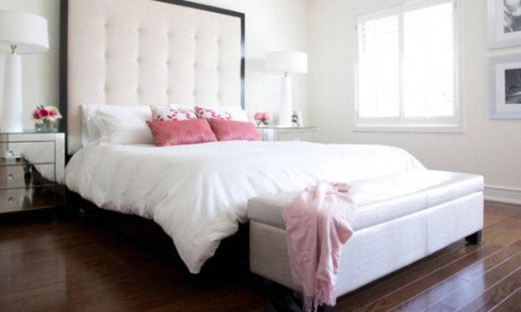 Exclusive Decor Glamorous Bedroom White Bed Laminate