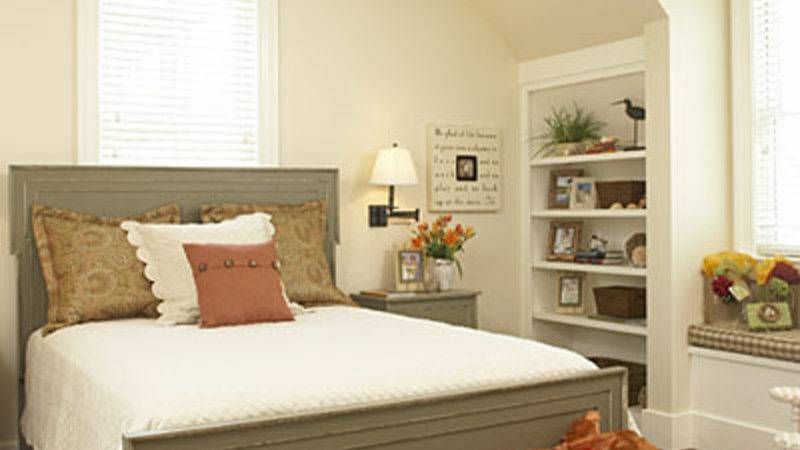 Fancy Guest Room Decorating Ideas Concerning