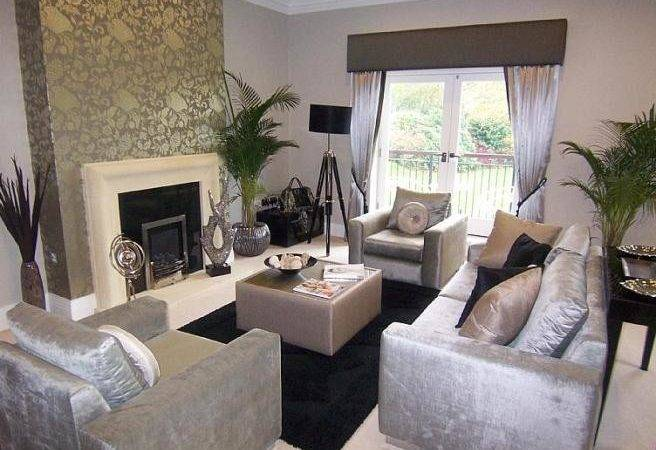 Feature Wall Ideas Living Room Beige Silver