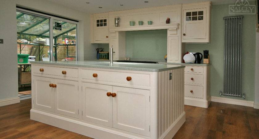 Fitted Kitchen Cabinets Benefits