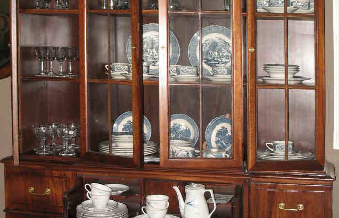 Furniture General Buyingtips China Cabinets Place
