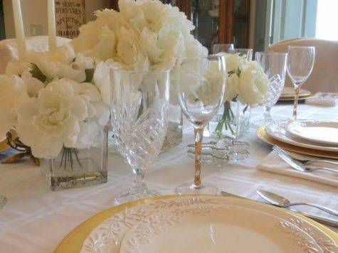 Gates Crystal White Gold Table Setting