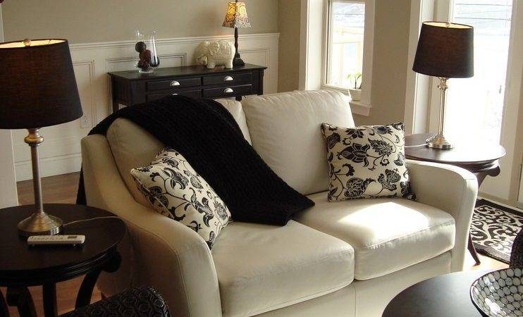 Gorgeous Reclining Loveseat Living Room Traditional