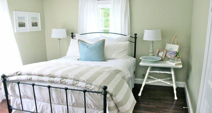 Guest Bedroom Decor Chic White