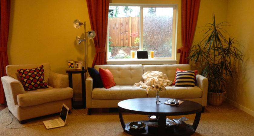 Home Best Living Room Yellow Walls Decorating Ideas Pale
