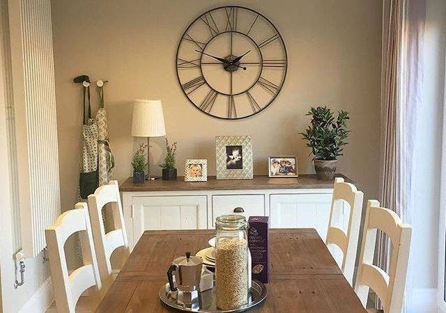 Incredible Dining Room Sideboard Decorating Ideas
