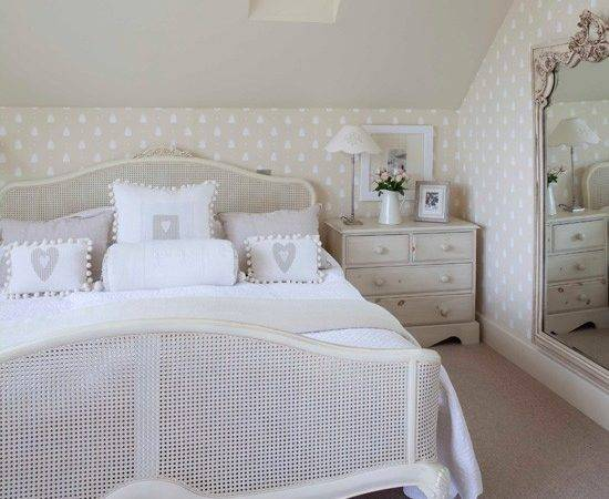 Introduce French Style Furniture Glamorous Bedroom