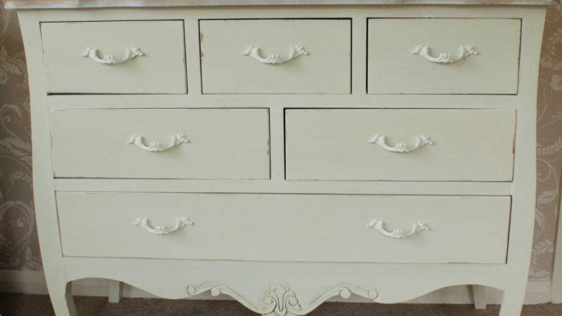 Large Cream Wooden Country Style Chest Drawers Vintage