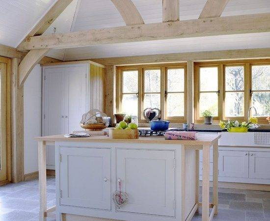 Light Country Kitchen Ideas