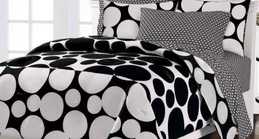 Luxurious Black White Comforters Your Bedroom