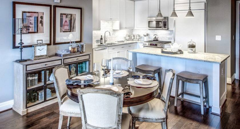 Luxury Apartments Brucall