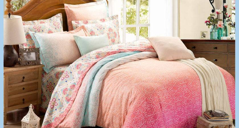 Luxury Brand Name Bright Color Comforter Set Home Textile