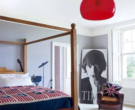 Modern Retro Bedroom Ideas Four Poster Bed