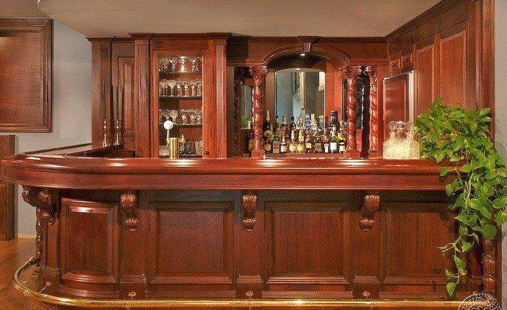 Most Lavish Wooden Home Bar Designs