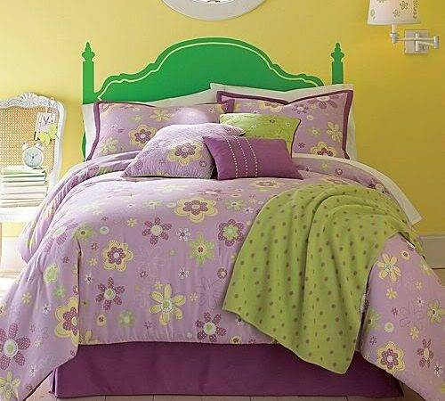 New Whimsical Flowers Purple Green Yellow Queen