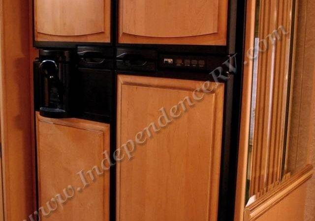 Newmar Dutch Star Used Motor Home Interior Galley