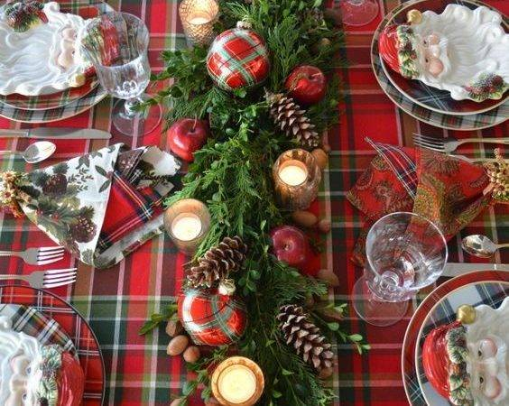 Perfect Table Centers Christmas