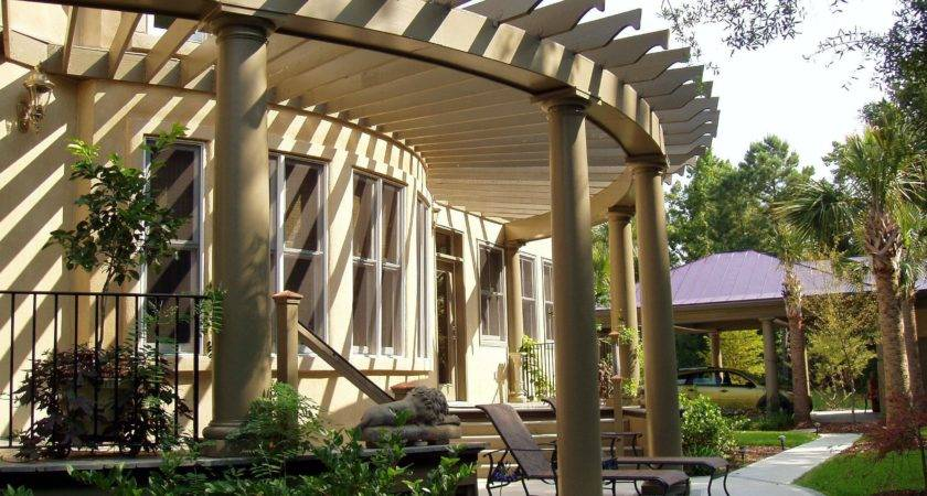 Pergola Custom Design Chadsworth Columns