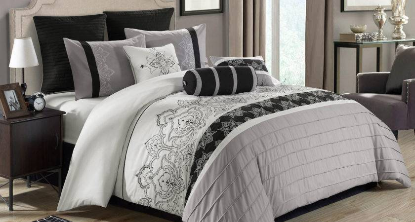 Piece Temsia Gray White Black Comforter Set