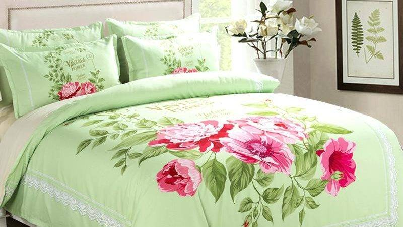 Red Floral Quilts Nnect