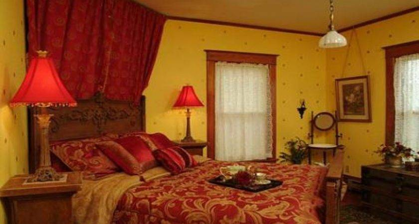 28 Photos And Inspiration Red And Gold Bedroom Decor Little Big Adventure
